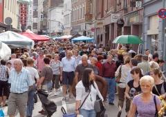 BraunSascha2011_04_Sep_flohmarkt_cityring_limburg_07967