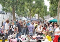 BraunSascha2011_04_Sep_flohmarkt_cityring_limburg_07996